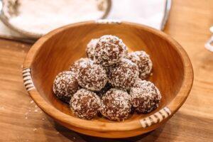 Hangry Helpers - Healthy Chocolate Balls